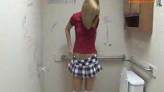 Mozenrath Hand-outs : Beauty Sexy college girl Masturbation Strapon In Toilet