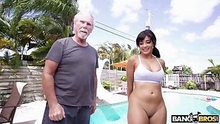 An old man gets seduced and fucked by an attractive heavy assed Latina babe