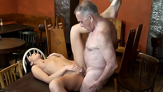 Old muscle daddy and man young whore first time Rump you