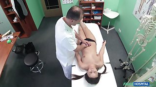 Doctor fucks his kinky patient Anina Silk in excess of the hidden camera